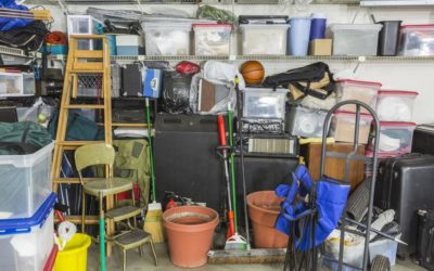 Tips And Tricks From The Pros – Decluttering